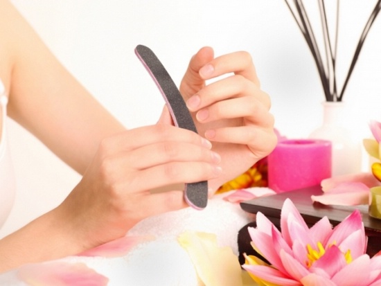 6 простых способов как отбелить ногти в домашних условиях