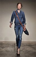 Как выбрать джинсы, чтобы выглядеть стройнее