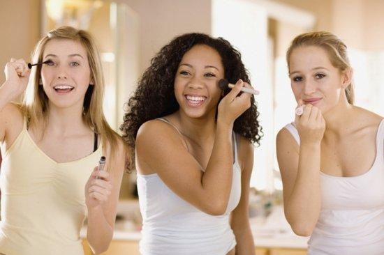 Несколько ошибок в макияже, которые делают женщин старше своего возраста