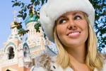 Русская женщина привлекательна и сильна, русский мужчина ассоциируется с неудачником